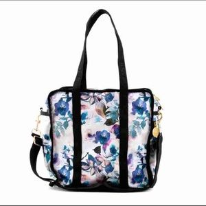 Quilted NIQUEAD.D &Le Sportsac Tote